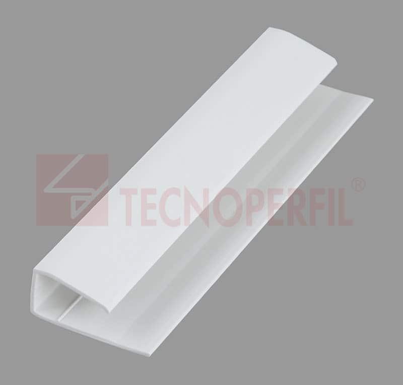"""ARREMATE EM PVC """"U"""" 30X13MM - TEC 238"""